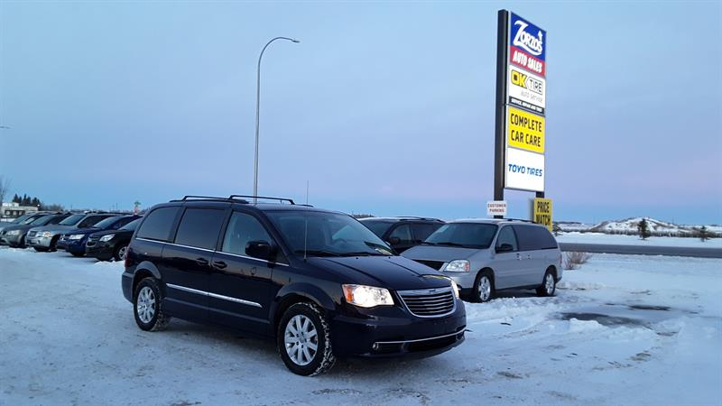 2014 Chrysler Town & Country Touring #P378