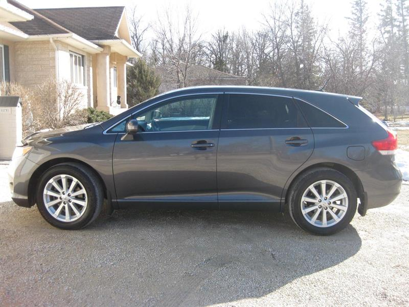2011 Toyota Venza 1 Owner #P  6424