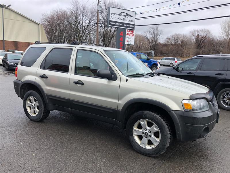 Ford Escape 2005 XLT Auto 4WD-Toit-Mags #95503