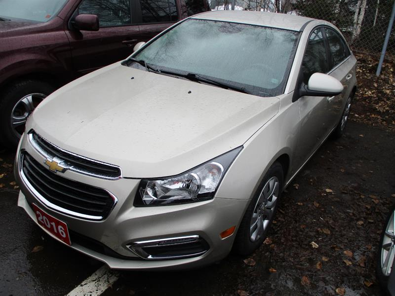 2016 Chevrolet Cruze Limited 4dr Sdn LT w-1LT #G7103035A