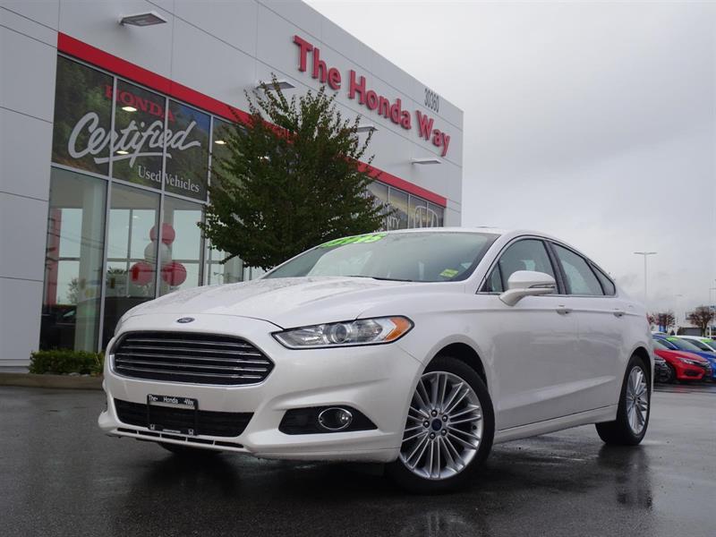 2014 Ford Fusion SE - SUNROOF, LEATHER, BLUETOOTH, NAVI #19-163A