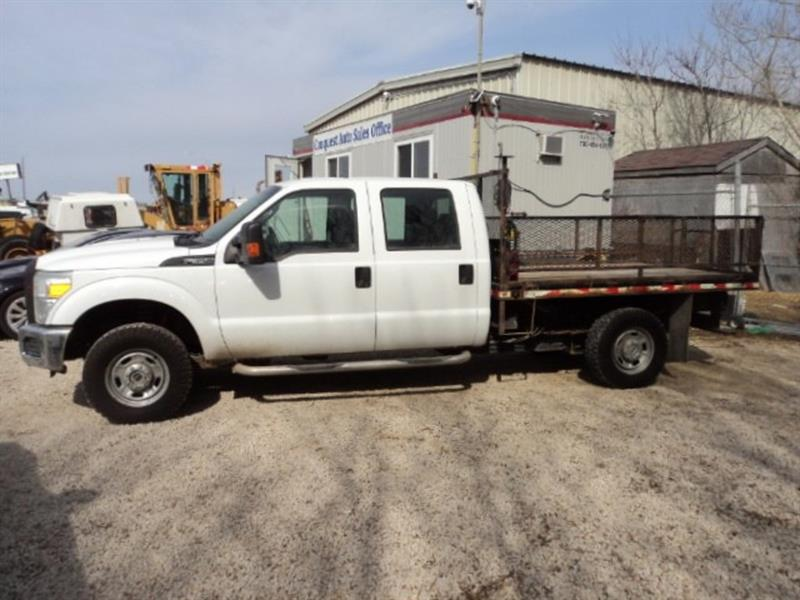 2011 Ford F-350 9 ft deck 4x4