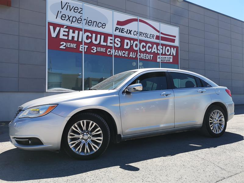 Chrysler 200 2011 4dr Sdn Limited+ toit mags #UD5111A
