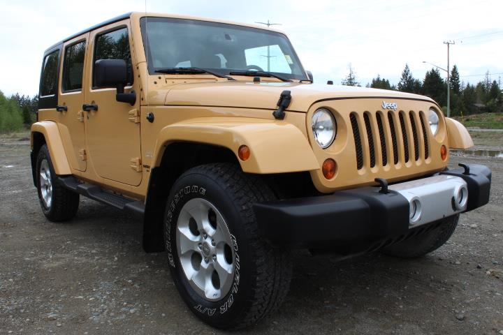 2013 Jeep Wrangler Unlimited 4WD 4dr Sahara #P2215