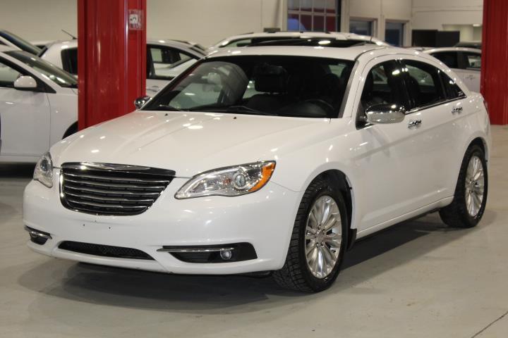 Chrysler 200 2014 LIMITED 4D Sedan #0000001695