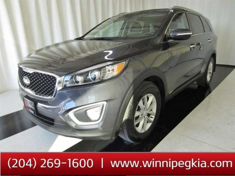 2018 Kia Sorento LX *Backup Camera, Heated Front Seats & More!* #18KS43818