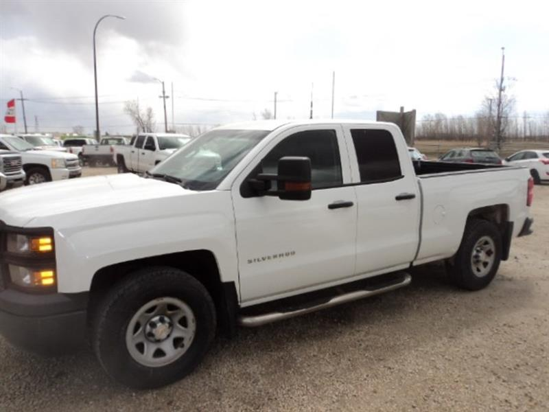 2015 Chevrolet Silverado 1500 Double Cab 4x4 Trailer tow package