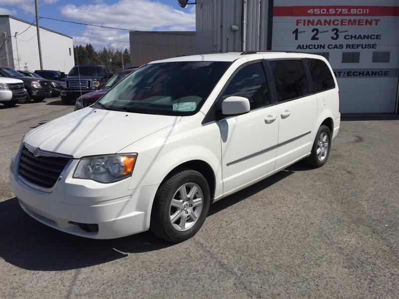 Chrysler Town & Country 2010  Touring