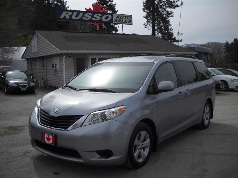 2013 Toyota Sienna LE V6 ONLY 74 KMS....SOLD.... #3373-1