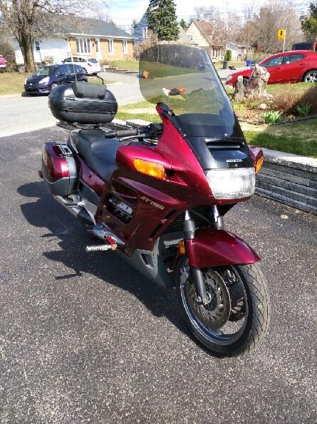 Honda ST 1100 2000