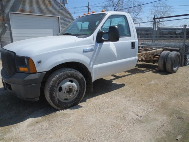 2005 Ford F-350 XL DUALLY CAB AND CHASSIS #3430
