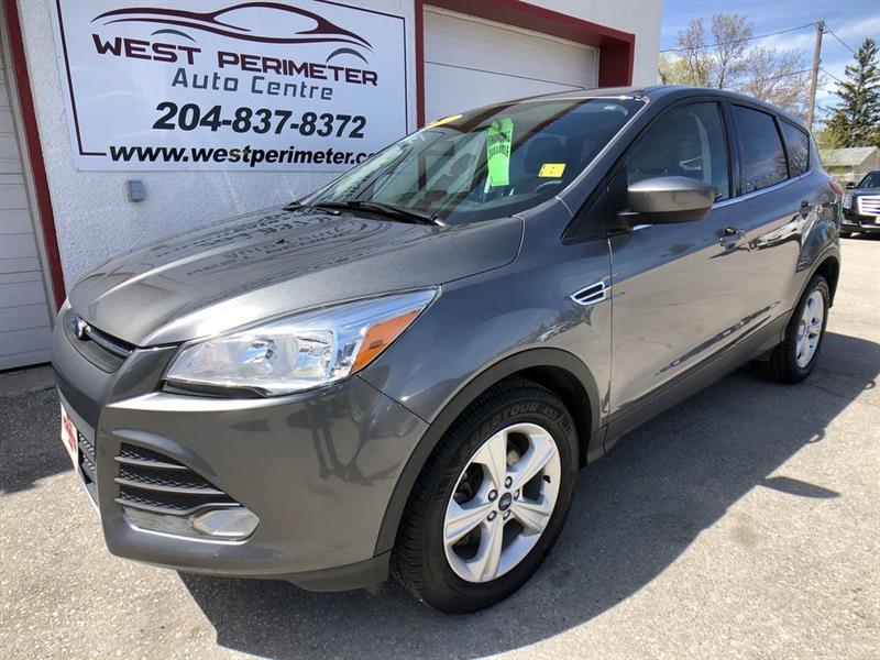 2014 Ford Escape AWD, BACKUP CAM, HEATED SEATS SE #5374