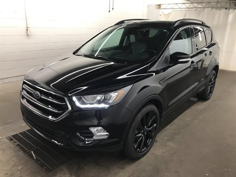 2017 Ford Escape Titanium *AWD/Navi/Bluetooth/HtdSeats #23915