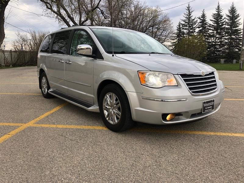 2010 Chrysler Town & Country Limited #9849.0