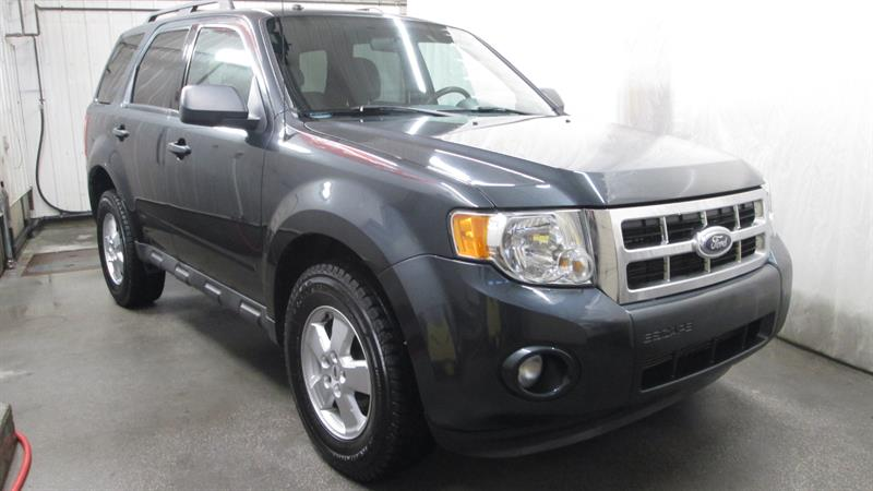 Ford Escape 2012 XLT  #9-0536