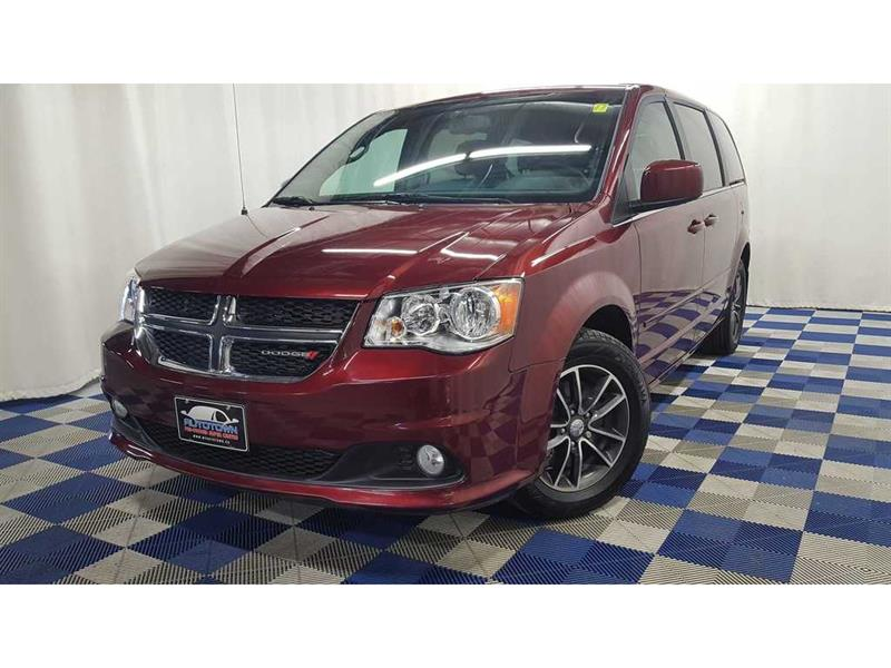 2017 Dodge Grand Caravan SXT/DVD/BACK UP CAM/ACCIDENT FREE! #J18NP02644A