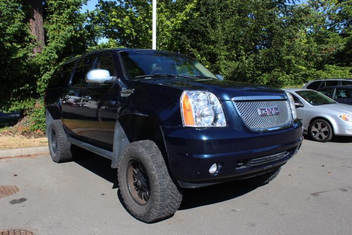 2007 GMC Yukon XL 4WD 4dr 2500 #12349A