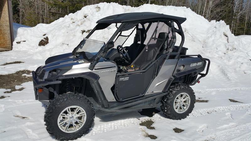 Can-am COMMADER 1000 XT 2012