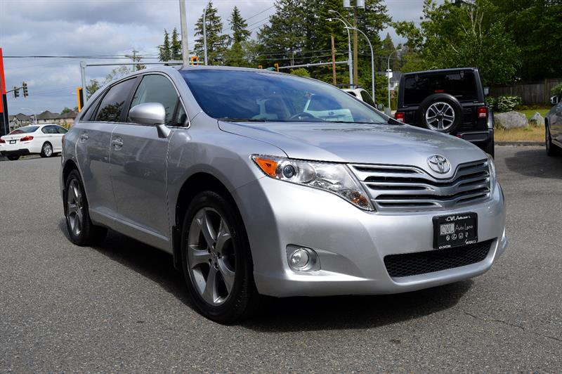 2011 Toyota Venza V6 AWD - LOCAL / NO ACCIDENTS #CWL9124M