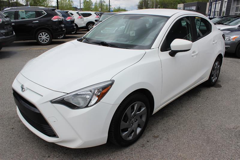 Toyota Yaris 2016 LE #4960