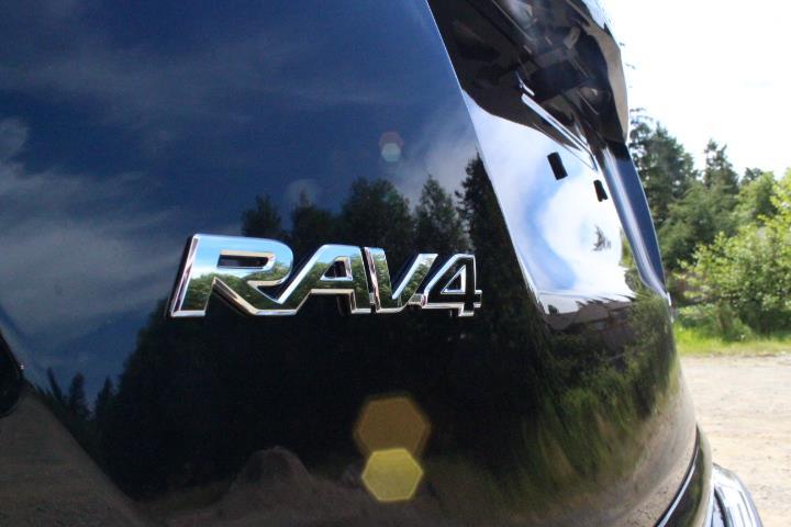 toyota RAV4 2018 - 26