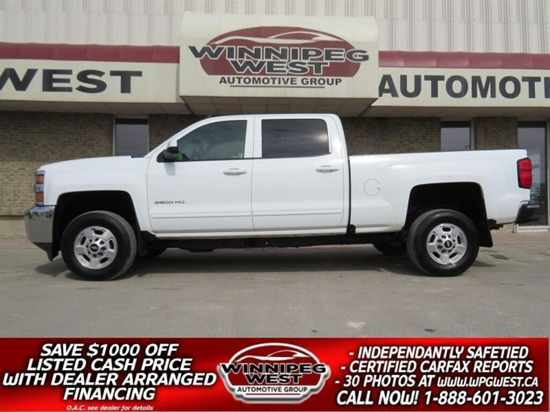2017 Chevrolet Silverado 2500HD LT CREW 6.0L 4X4, LOADED, BLUETOOTH, LIKE NEW! #GW4982