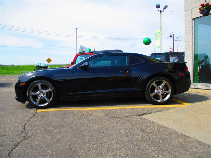 2014 Chevrolet Camaro 2dr Cpe 1LT Used for sale in Saint