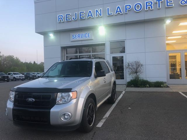 Ford Escape 2011 4WD  XLT #18676A