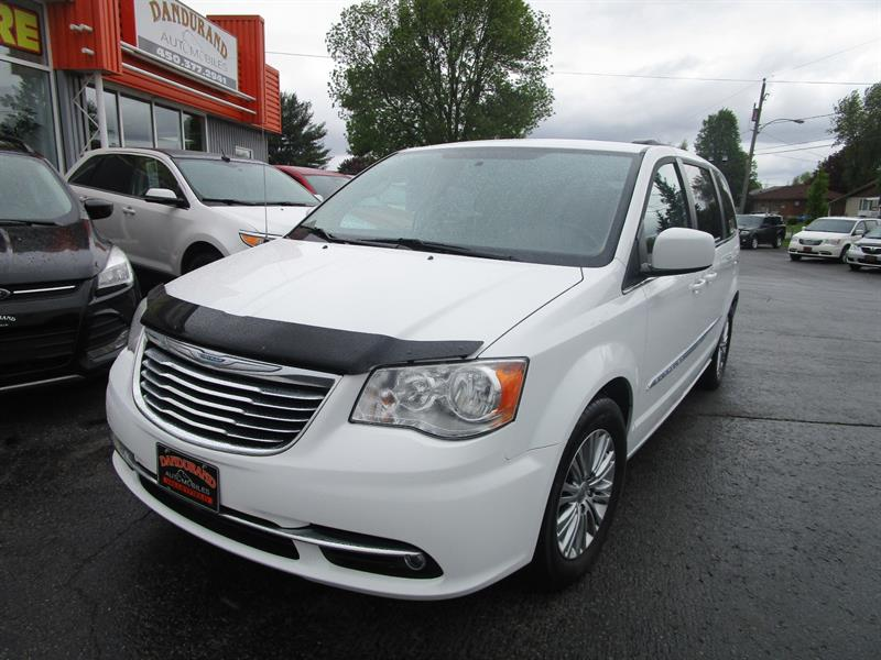 Chrysler Town - Country 2014 4dr Wgn Touring w-Leather #2475a