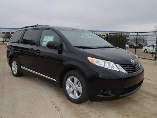 Toyota Sienna 2014 *LE 8 PASSAGERS**1-2-3-4 CHANCES CREDIT* #MAX321