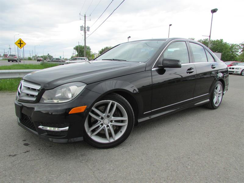 Mercedes-Benz C-Class 2013 4MATIC BLUETOOTH TOIT OUVRANT MAGS!! #4534