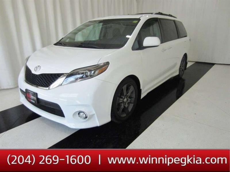 2016 Toyota Sienna SE *DVD, Navigation, Leather, Sunroof!* #20TL335A