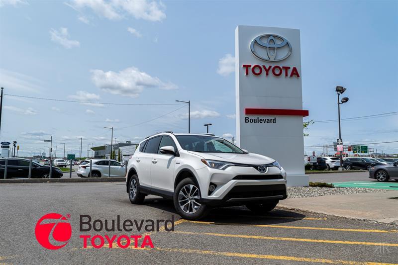 Toyota RAV4 Hybrid 2016 * XLE * #530041A