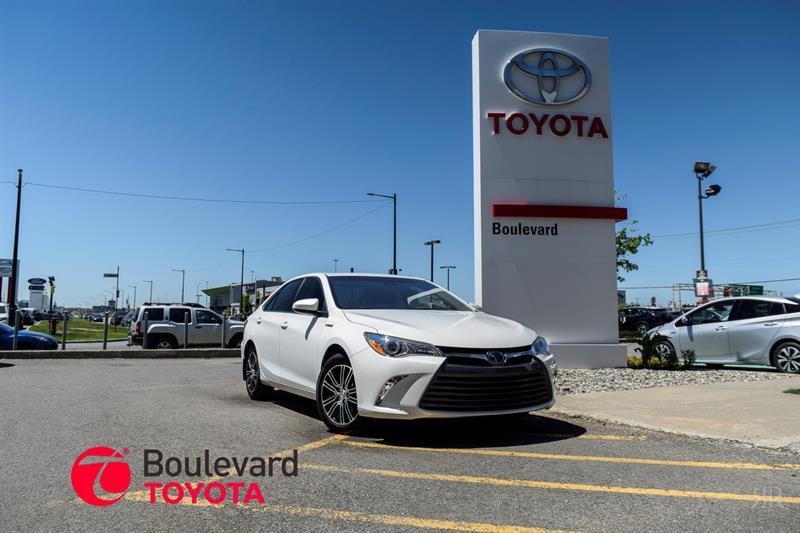Toyota Camry Hybrid 2017 * XLE * #85263A