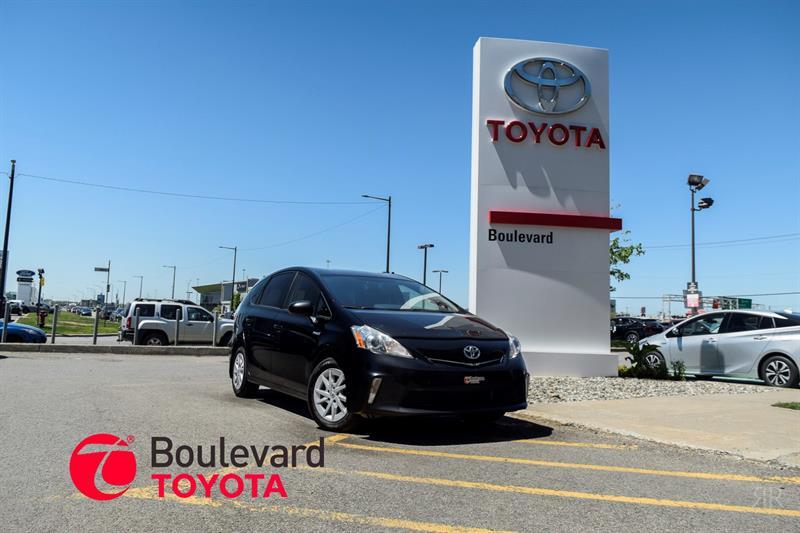 Toyota Prius V 2012   #85974A