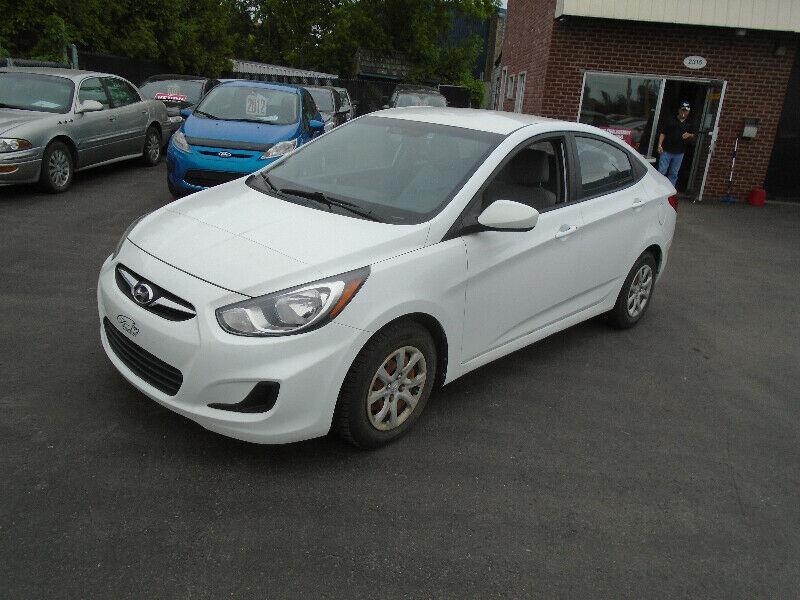 Hyundai Accent 2012 4dr Sdn #11888