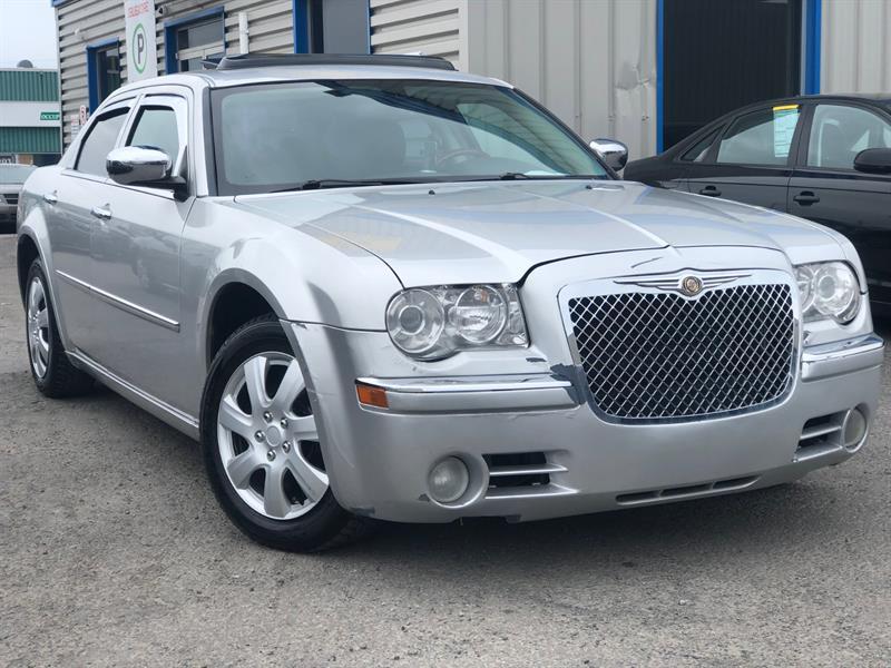 Chrysler 300 2009 Limited #9H640063