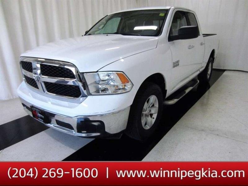 2015 Ram 1500 SLT *No Accidents!* #18KS43818A
