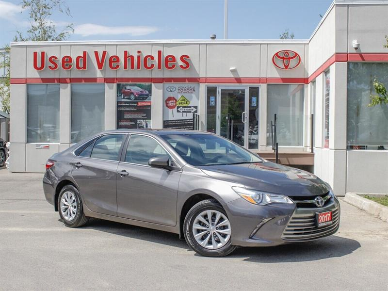 2017 Toyota Camry LE #C8091