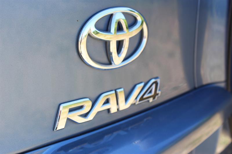 toyota RAV4 2012 - 24