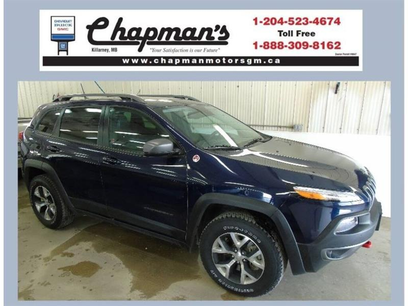 2016 Jeep Cherokee Trailhawk, Leather, Sunroof, Navigation #19-175A