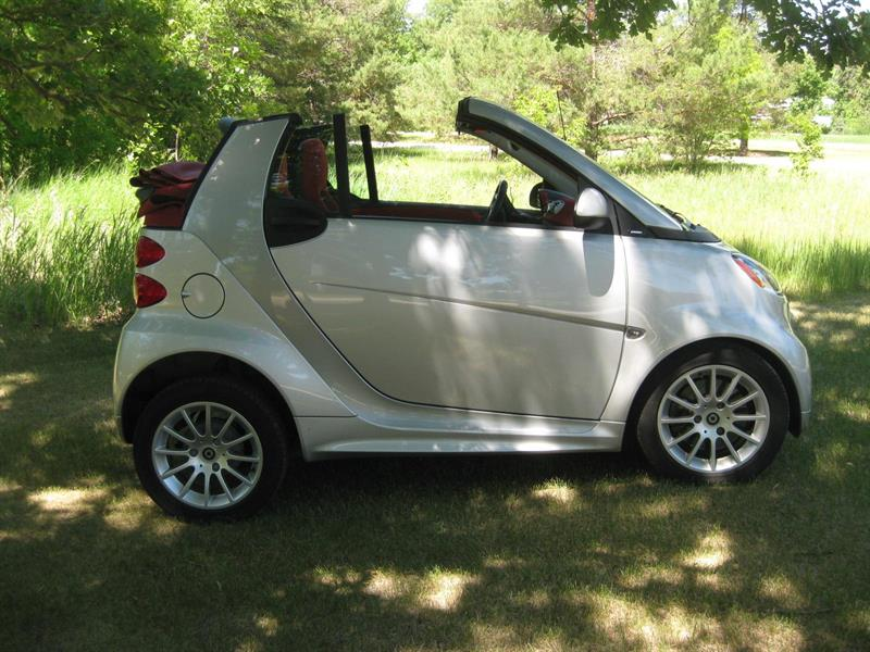 2013 Smart Car Passion Convertible Silver Fox Edition #P  0508