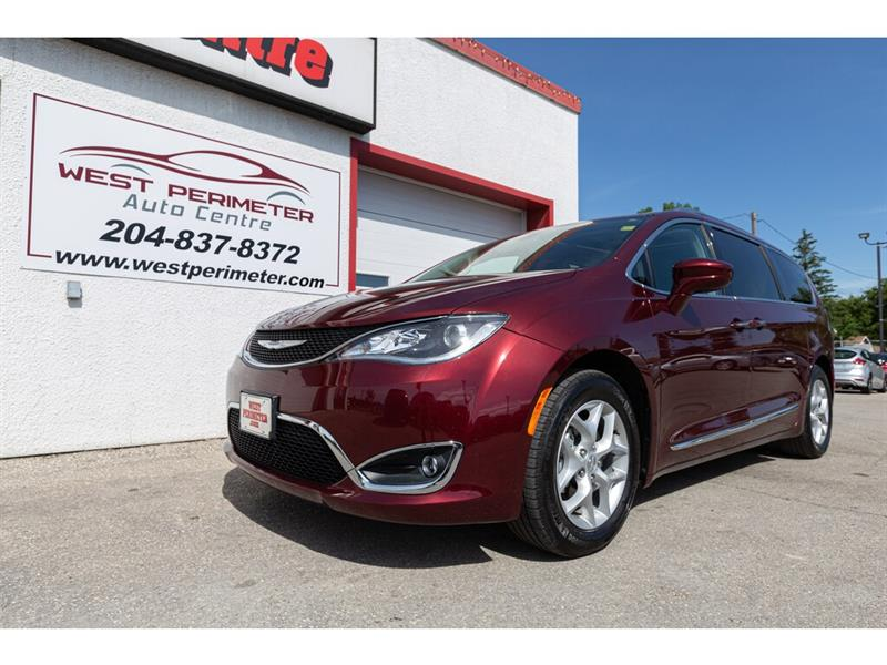 2018 Chrysler Pacifica Touring-L Plus #5570