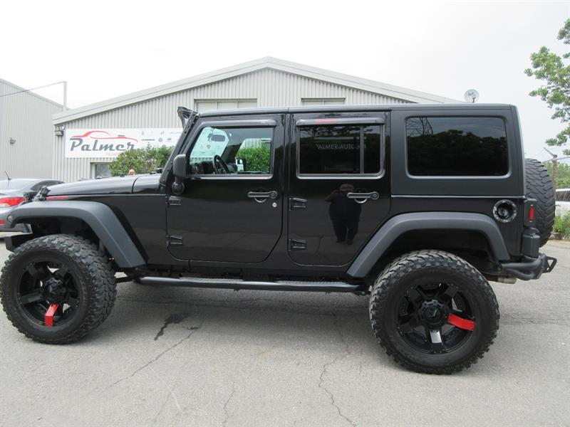 2016 Jeep Wrangler Unlimited 4WD 4dr Sport #19160