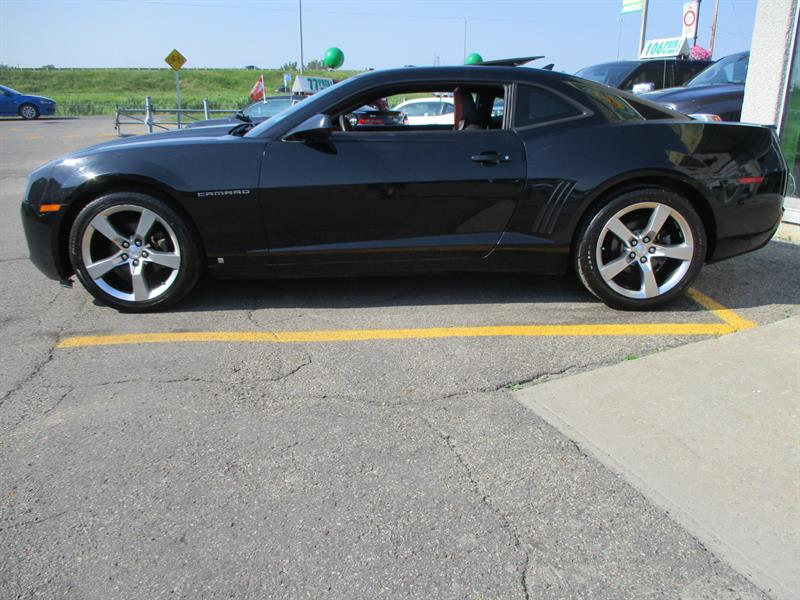 2010 Chevrolet Camaro 2dr Cpe 2LT Used for sale in Saint