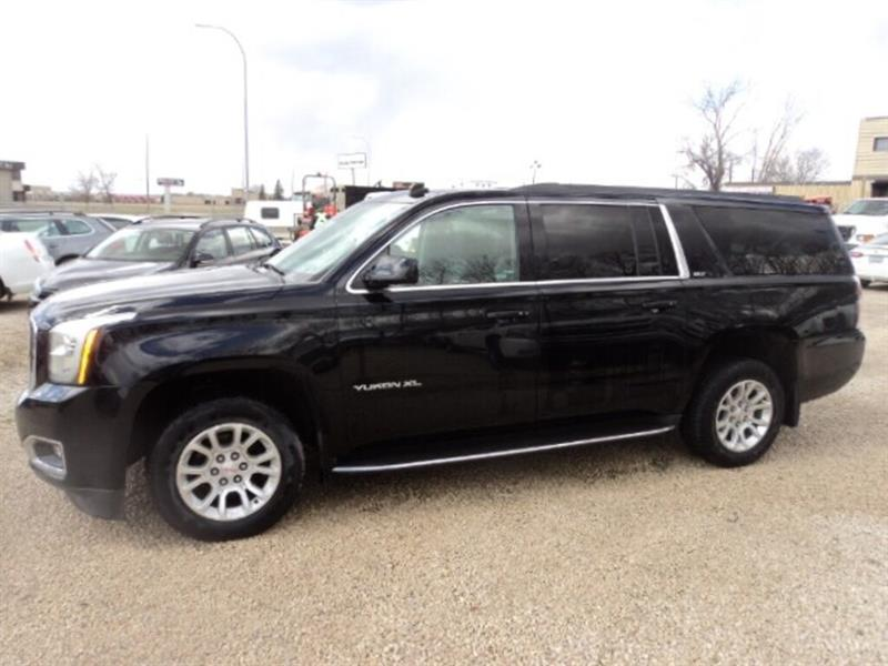 2015 GMC Yukon XL SLT leather Extended loaded