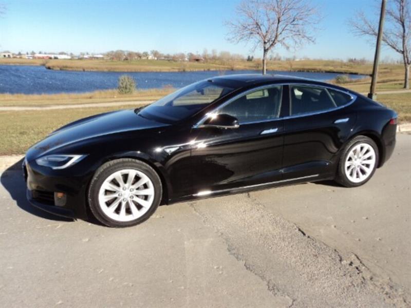 2016 Tesla Model S 90 D AWD