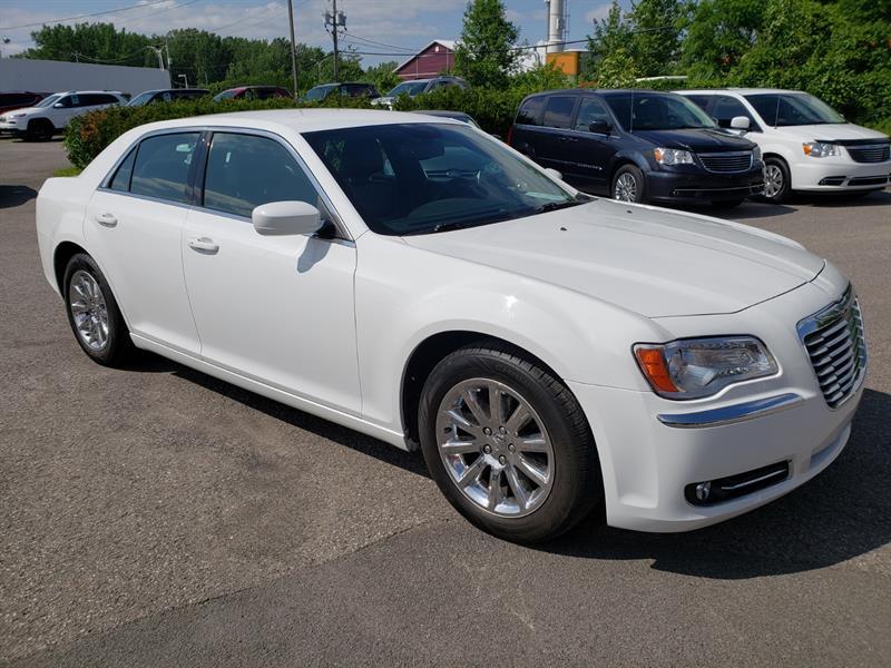 2014 Chrysler 300 Touring #EH175257