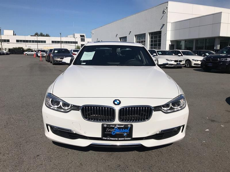 2015 BMW 328I xDrive Sedan (3B37) Used for sale in Vancouver