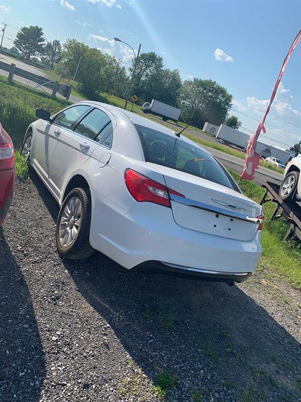 Chrysler 200 2013 LX #58